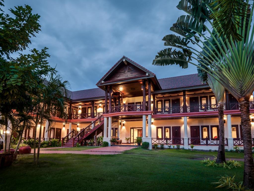[เมืองสี่พันดอน] ลิตเติ้ล อีเดน โฮเต็ล (Little Eden Hotel)
